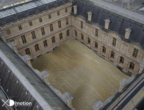 Grue géante pour filmer Le Louvre